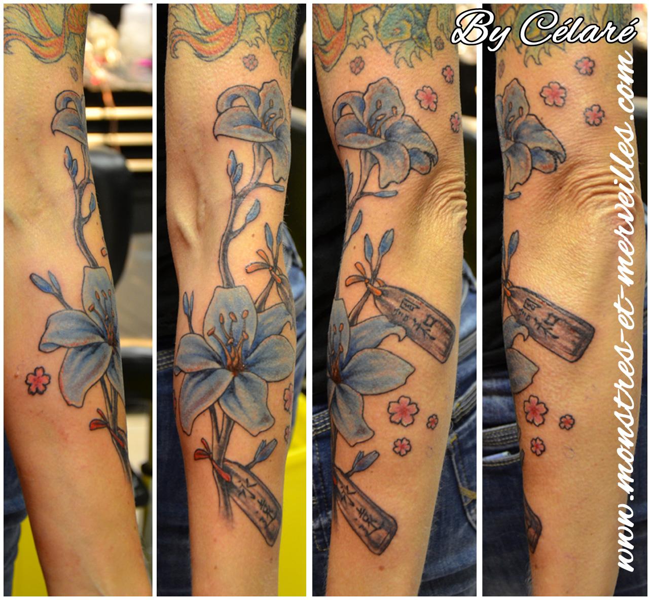 tatouage fleur de lys prostituée