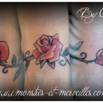 Tatouage bracelet de roses