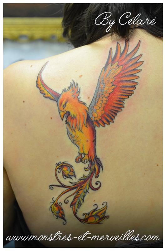 tatouage phoenix great tatouage phoenix with tatouage phoenix trendy le tatouage phoenix sur. Black Bedroom Furniture Sets. Home Design Ideas
