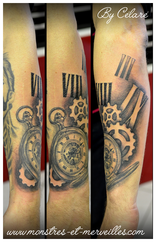 dessin montre a gousset tatouage realiste tatouage. Black Bedroom Furniture Sets. Home Design Ideas