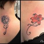 Fleurs et initiales